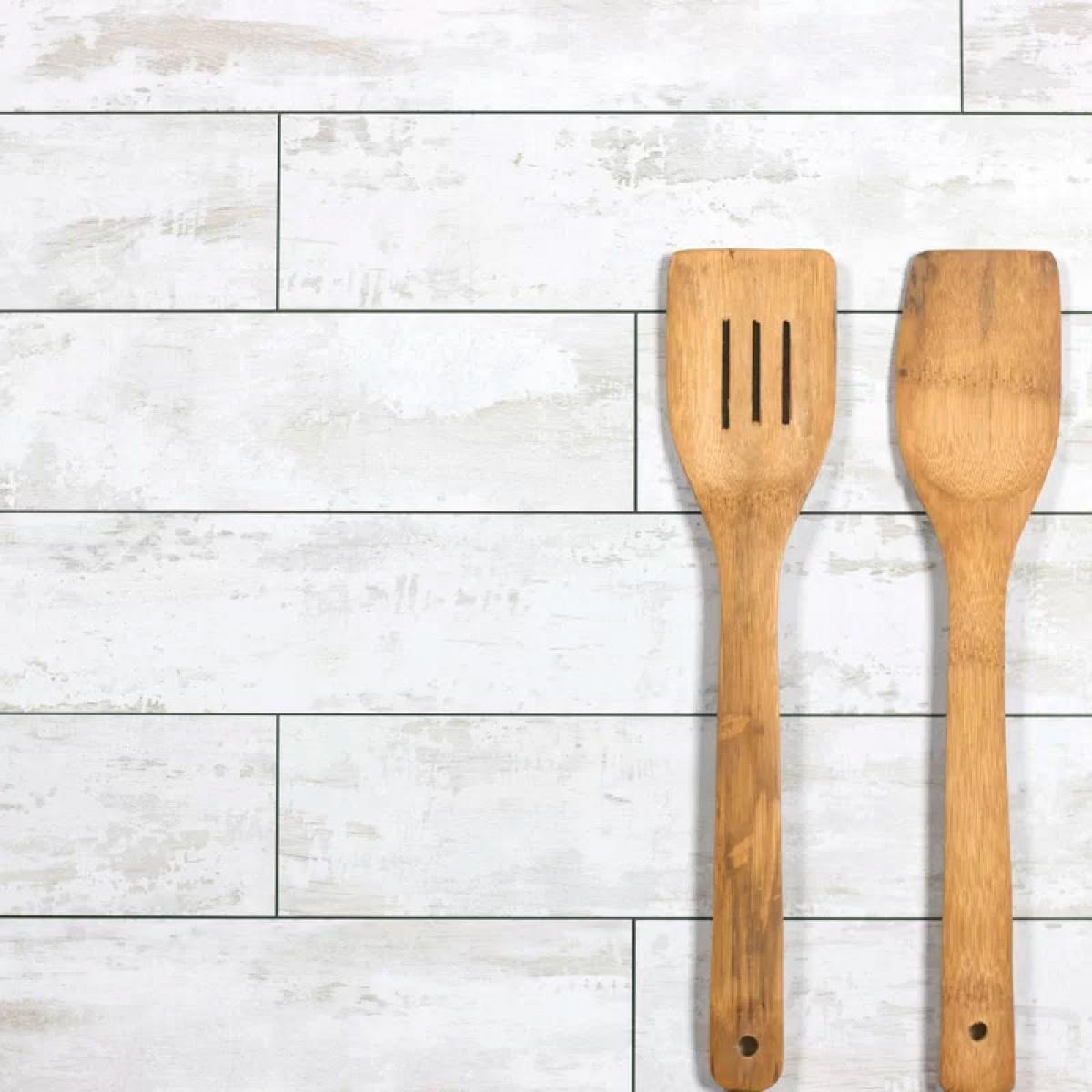 Gl Subway Tile In Birchwood White Matte