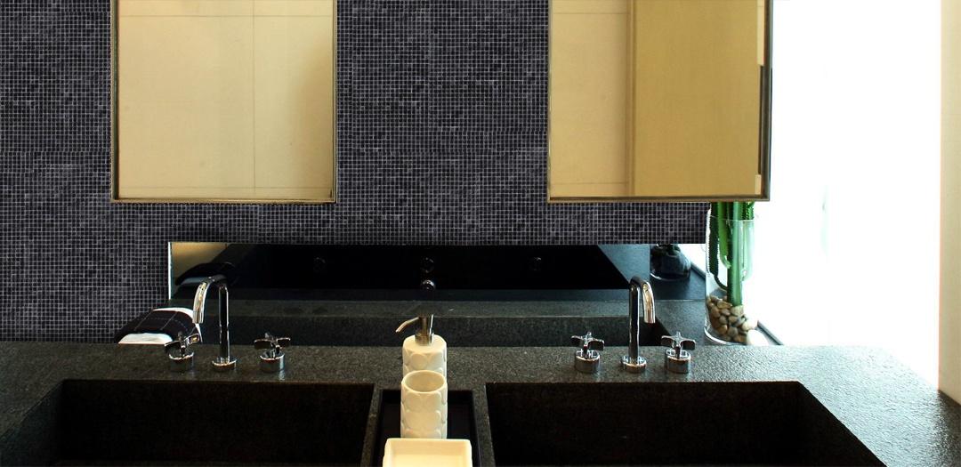 "Galaxy 0.31"" x 0.31"" Iridescent Black Glass Straight Backsplash Mosaic Wall & Floor Tile"
