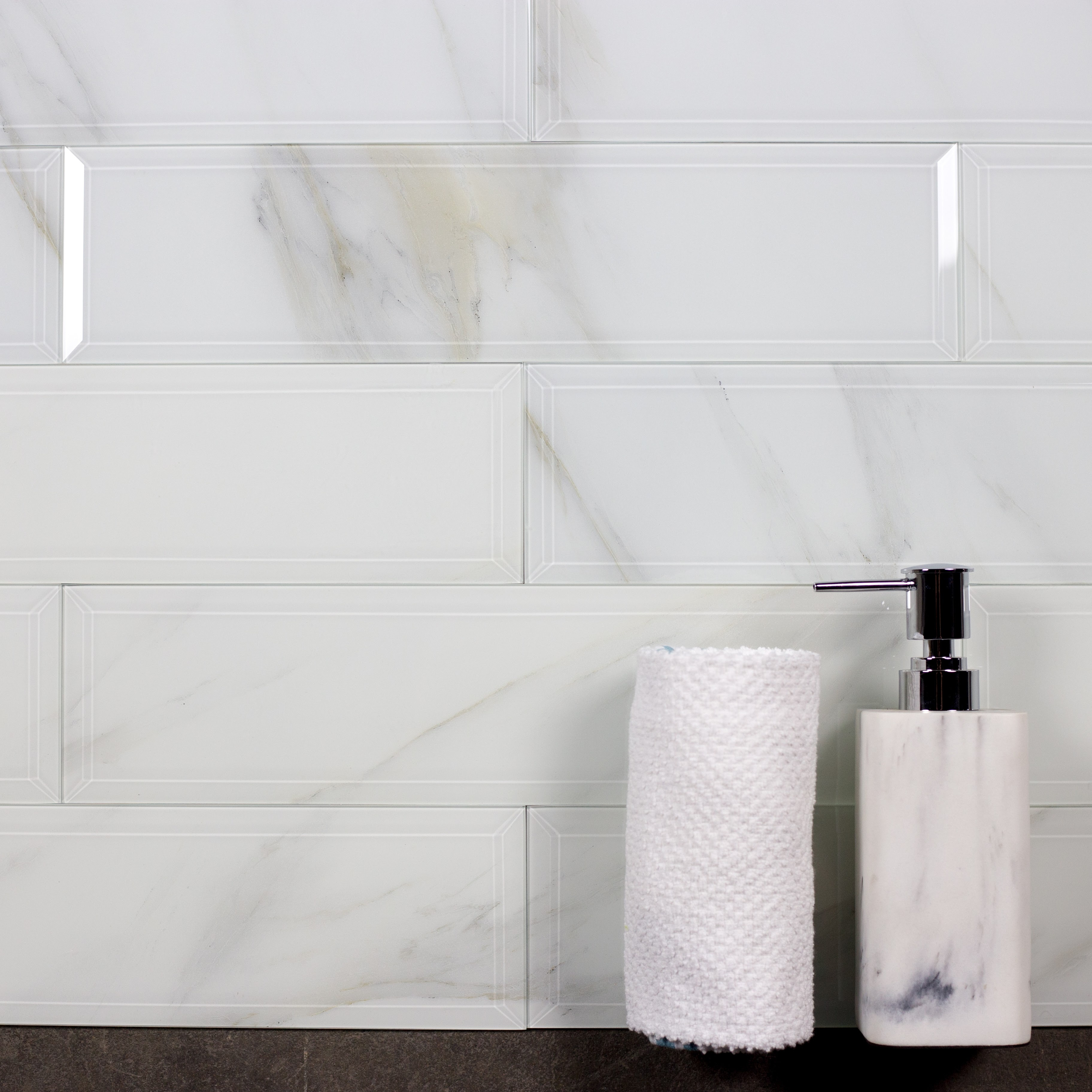 Nature 4 In X 16 In Glass Subway Tile In Calacatta Beveled Glossy
